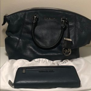 Black and Navy MK Matching Purse and Wallet
